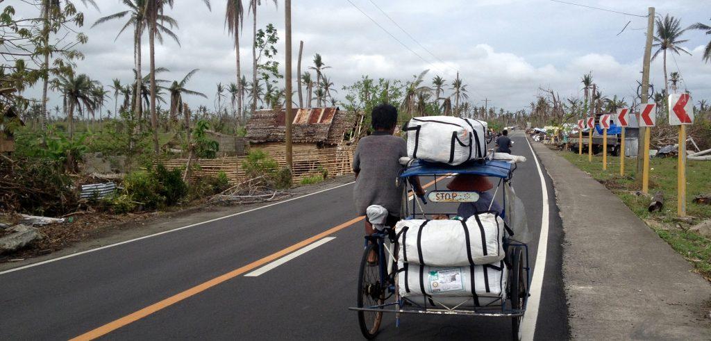 ShelterBox weitet seine Hilfsleistungen auf den Philippinen aus, um mehr Familien in Not helfen zu können, die durch die Zerstörungswucht von Taifun Haiyan ihr Zuhause verloren haben. (Foto: ShelterBox)