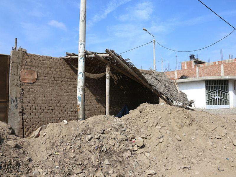 Schwere Regenfälle haben Überschwemmungen und Schlammlawinen in Peru verursacht.