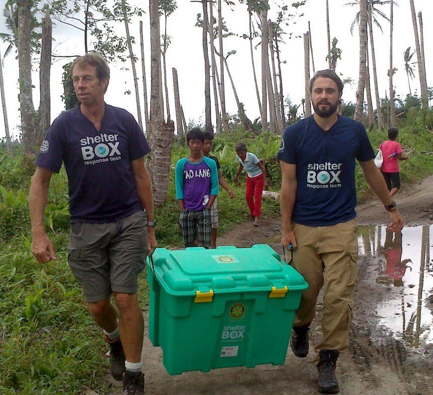 Mitglieder des ShelterBox Response Team im Einsatz