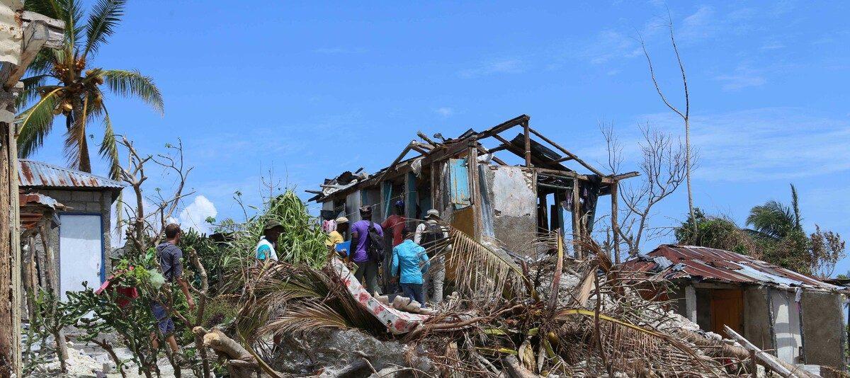 Zerstörte Häuser in Haiti nach dem Hurrikan Matthew