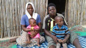 Abdou und seine Familie flohen vor Boko Haram in der Tschadseeregion. Sie erhielten humanitäre Hilfe durch ShelterBox