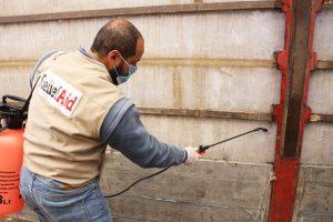 Unsere Partner von ReliefAid haben besondere Vorkehrungen getroffen, um sich und die Menschen im syrischen Flüchtlingslager vor dem Coronavirus zu schützen.